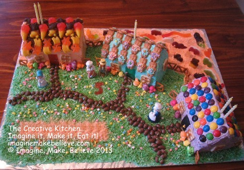 House or Village Scene Cakes