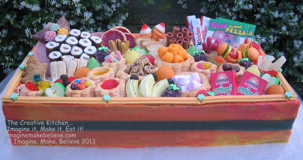 Food Hamper Box Cake