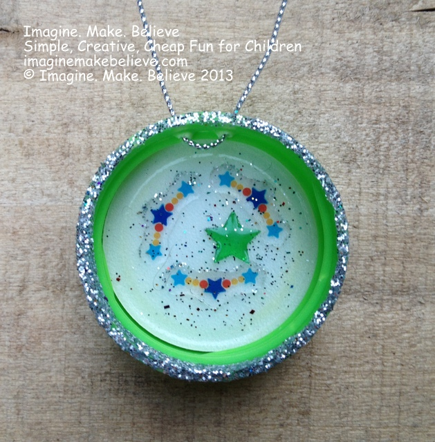 Milk Bottle Lid Christmas Decorations, Christmas, decoration, gift, handmade, milk bottle lid, juice bottle lid, kids, craft, recycle